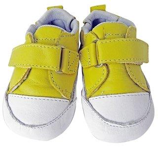97cb9bec6 11583 - Infantil Menino Tênis nenêm confort amarelo e branco Toke em couro