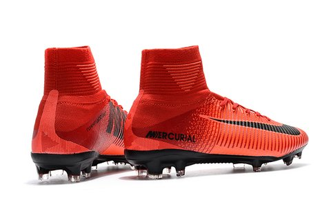 NIke Mercurial Superfly V Hot Red na internet