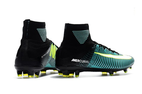 NIke Mercurial Superfly V FG Aqua Green na internet