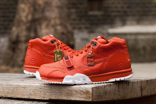 TÊNIS NIKE COURT AIR TRAINER 1 MID [Brick Red]