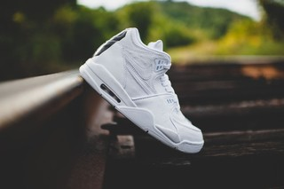 TÊNIS NIKE AIR FLIGHT 89 LE QS [Branco] na internet