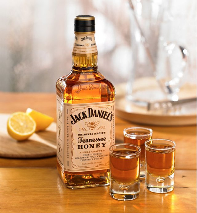 Jack Daniel's Tennessee Honey 1000ML - SosDrinks
