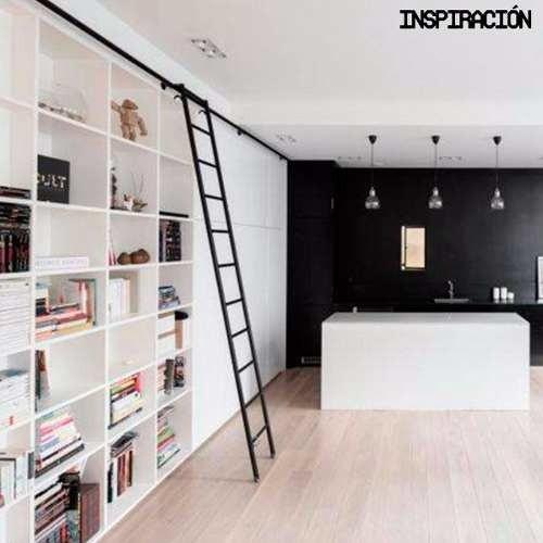 Escalera de biblioteca subir ascender escalera objeto for Bibliotecas debajo de escaleras