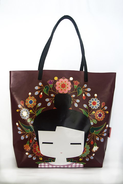 PLASTICPOOL Tote / CHINA - comprar online