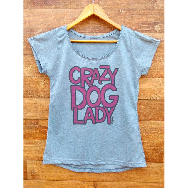 T-Shirt Feminina Crazy na internet