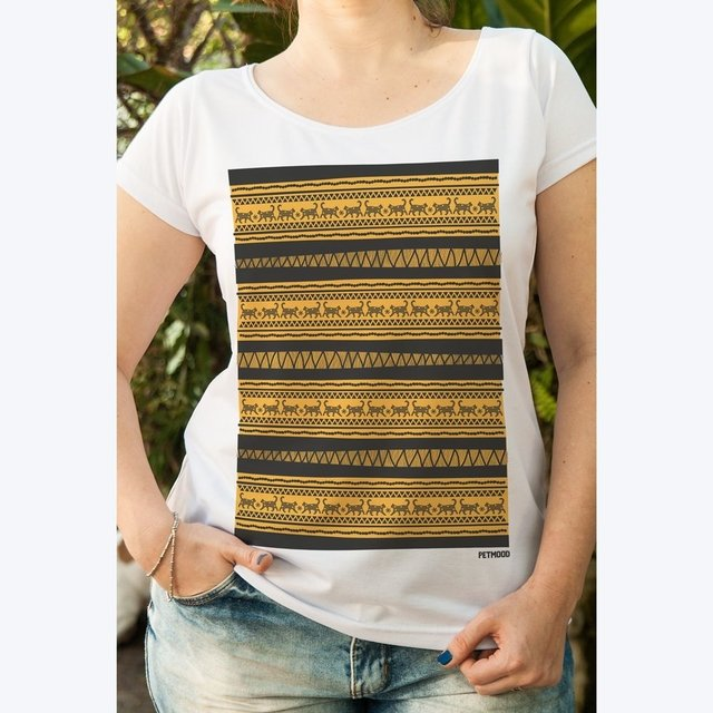 T-Shirt Feminina Gatinho Tribal - Outlet