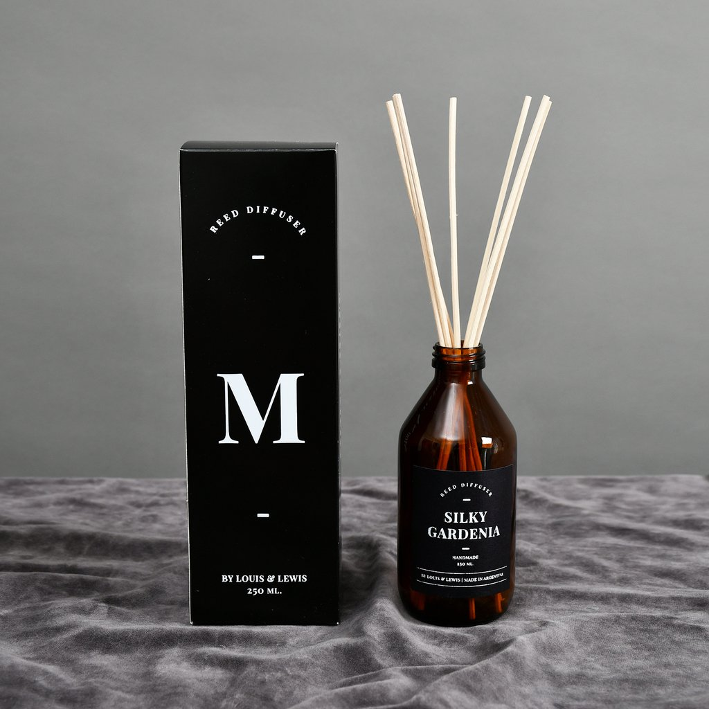 Reed Diffuser Moonlight: Silky Gardenia