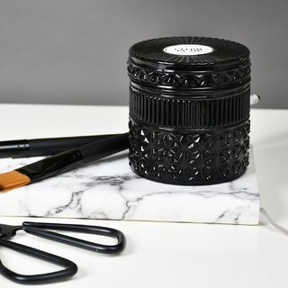 Black Deluxe Candle: Smells like Citric Pump - comprar online