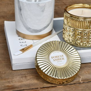 Gold Deluxe Candle: Smells like Forest Amber - comprar online