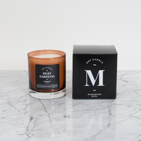 Moonlight Candle: Smells like Silky Gardenia