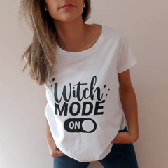 Remera Witch B&N