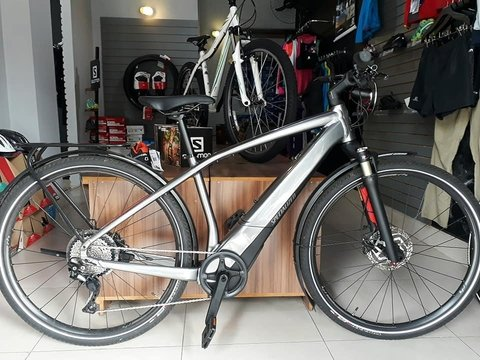 Bicicleta Specialized Turbo Vado 3.0 Semi Nova - M