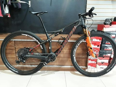 Bicicleta Specialized Epic Marathon Carbon 29 - GX12v - FOX (SEMI NOVA)