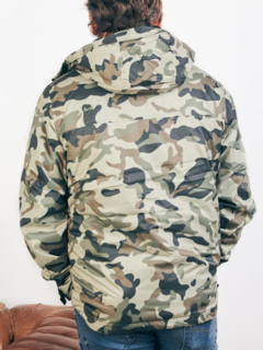Campera Rompeviento Brother Camuflado Kevingston en internet