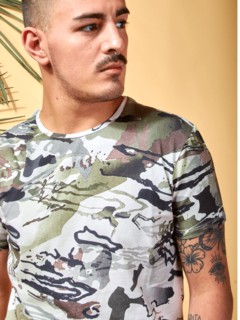 Remera New Printed 902 Kevingston - comprar online