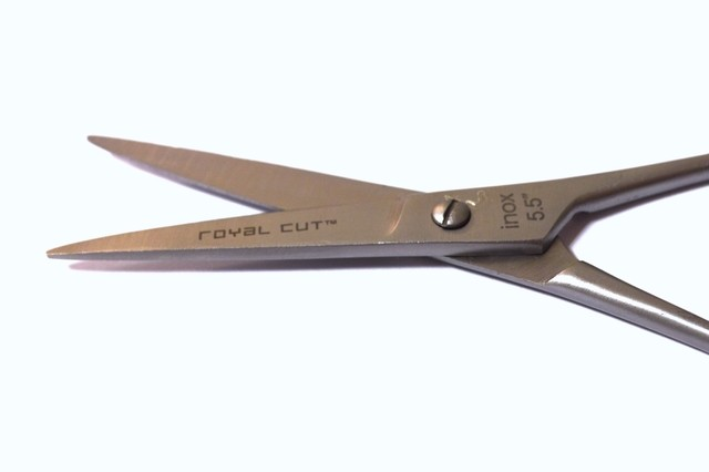 TIJERA ROYAL CUT FILO DE NAVAJA 5.5