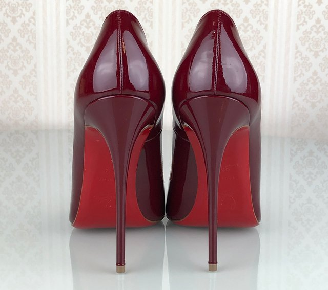 Sapato Louboutin Verniz So Kate  Tam 39/5 EUR na internet