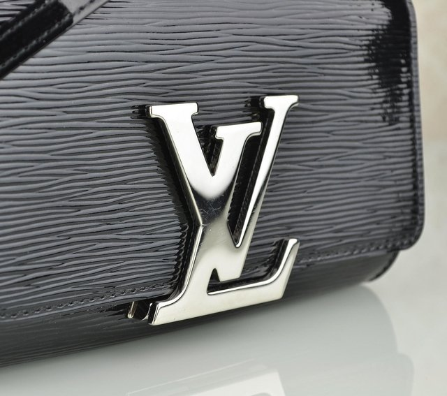 Bolsa Louis Vuitton Louise PM - Paris Brechó - Artigos de Luxo Seminovos
