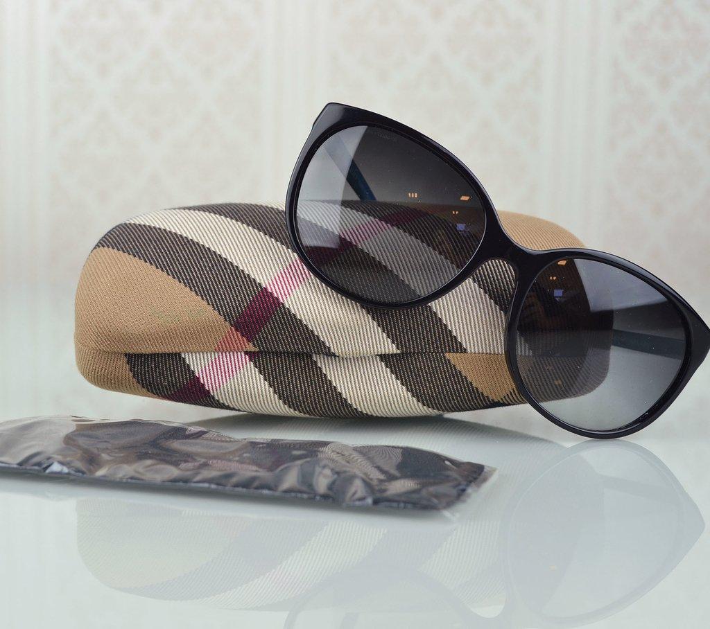 Óculos de Sol Burberry B 4146 1d60935ab7