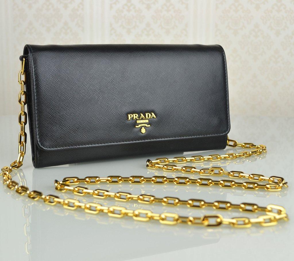 babc8bcf8c4 Bolsa Prada Original Saffiano Wallet on Chain