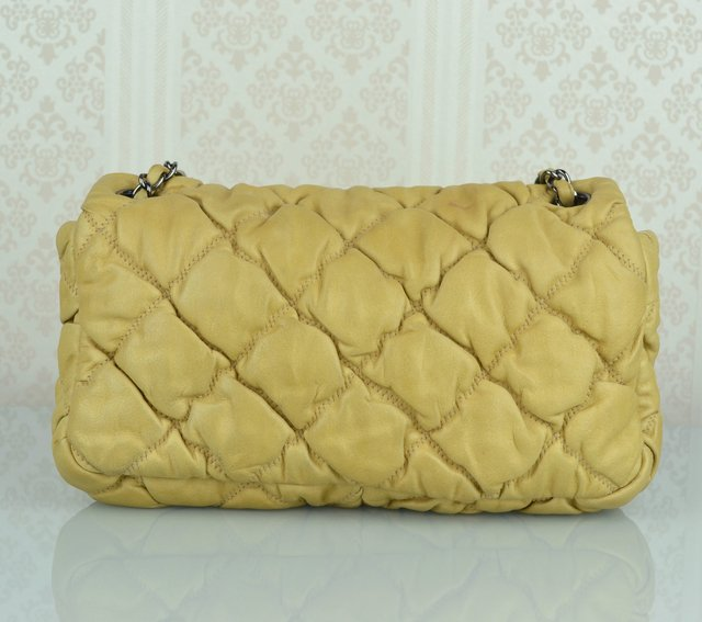 Bolsa Chanel Bubble Lambskin Small Flap na internet