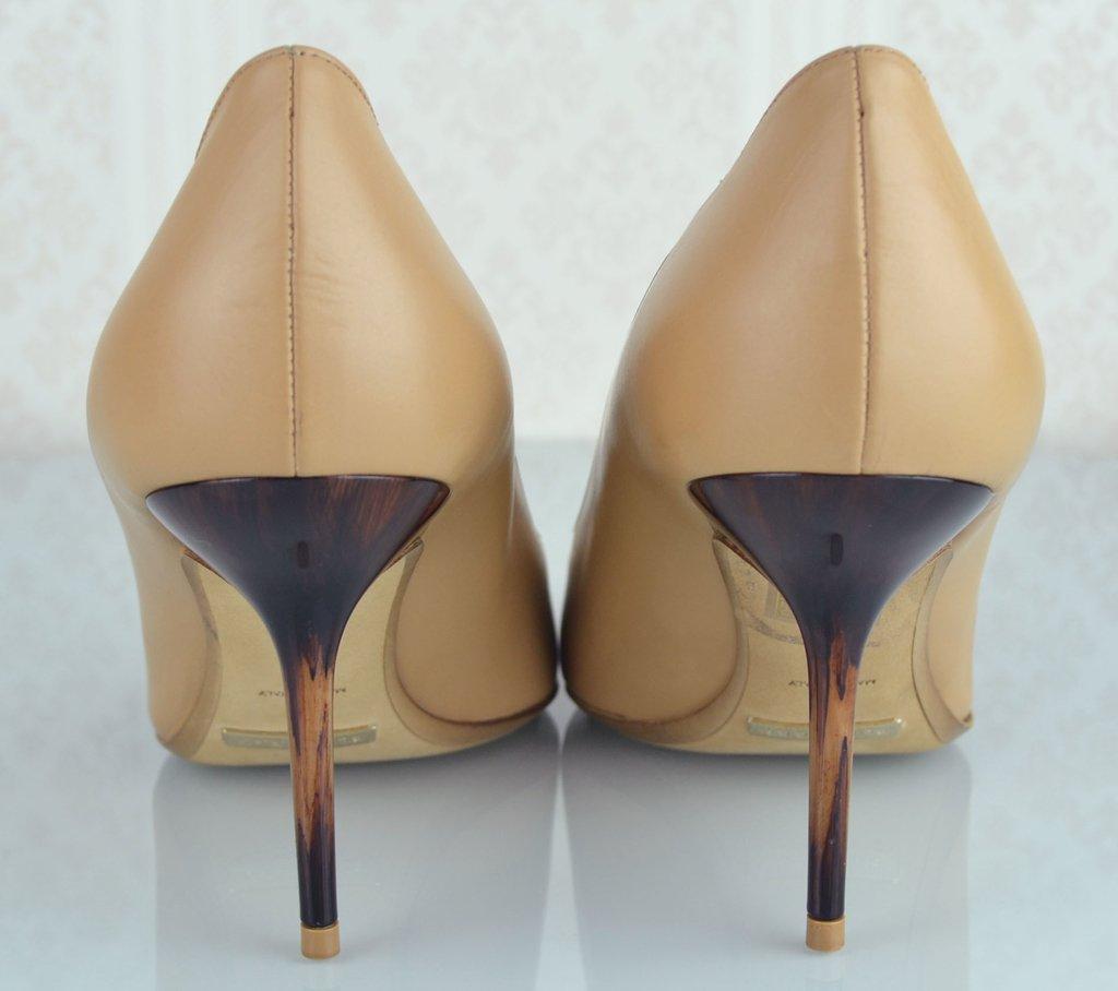 0e33106b72 ... internet  Sapato Scarpin Burberry 39 EUR - Paris Brechó - Artigos de  Luxo Seminovos ...