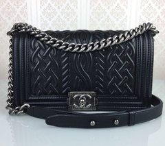 d03583ad64630 Bolsa Chanel Black Embossed Leather Medium Celtic Boy