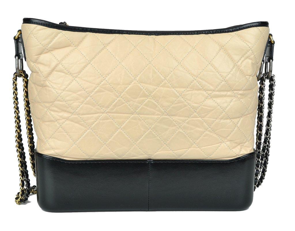 2969f097ab6 ... Bolsa Chanel Gabrielle Hobo Large na internet  Bolsa Chanel Gabrielle  Hobo Large - Paris Brechó - Artigos de Luxo Seminovos ...