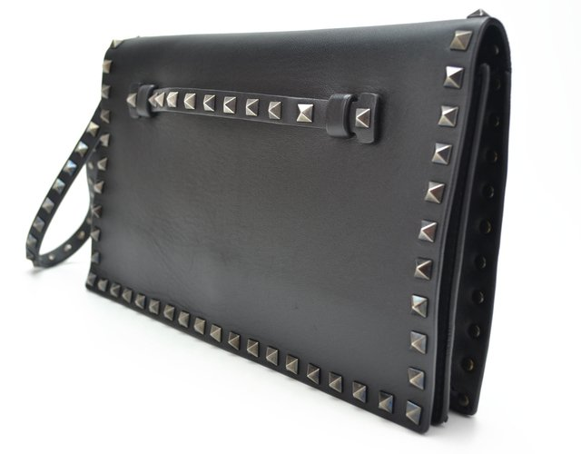 Imagem do Clutch Valentino Black Nappa Leather Rockstud