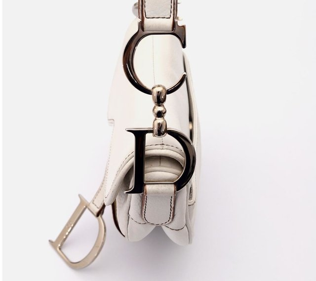 Imagem do Christian Dior Calfskin Saddle Bag White