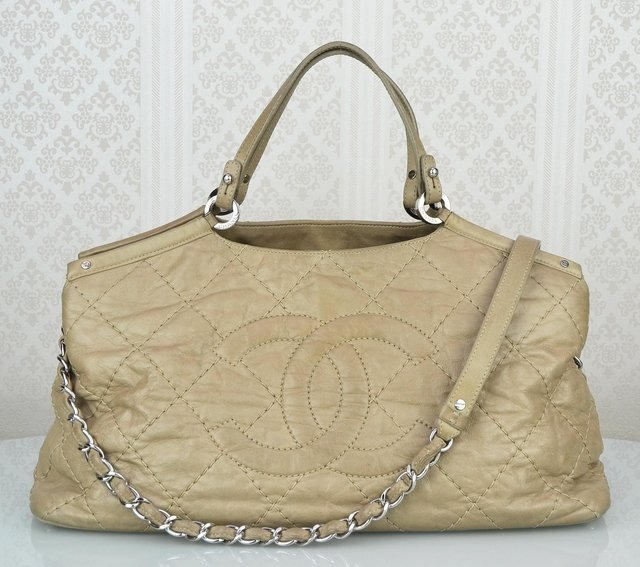 Bolsa Chanel Bege Sea Hit Tote