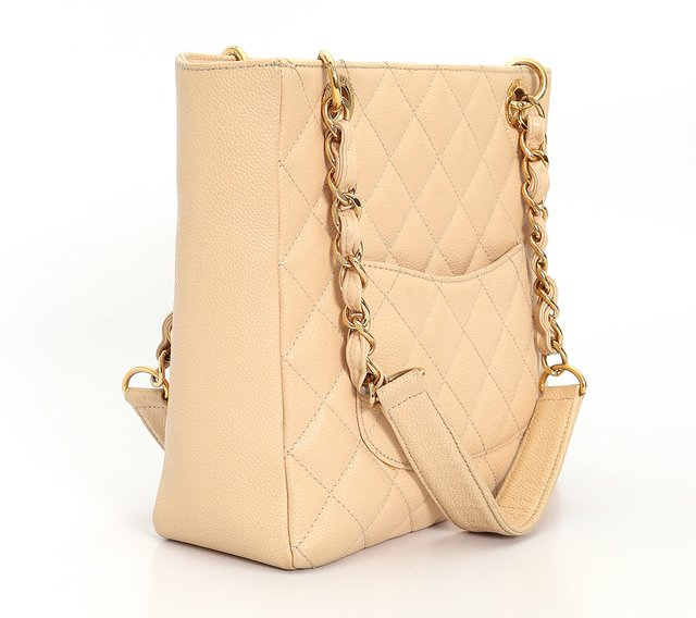 Bolsa Chanel Beige Quilted Caviar Leather Petite Shopping Tote