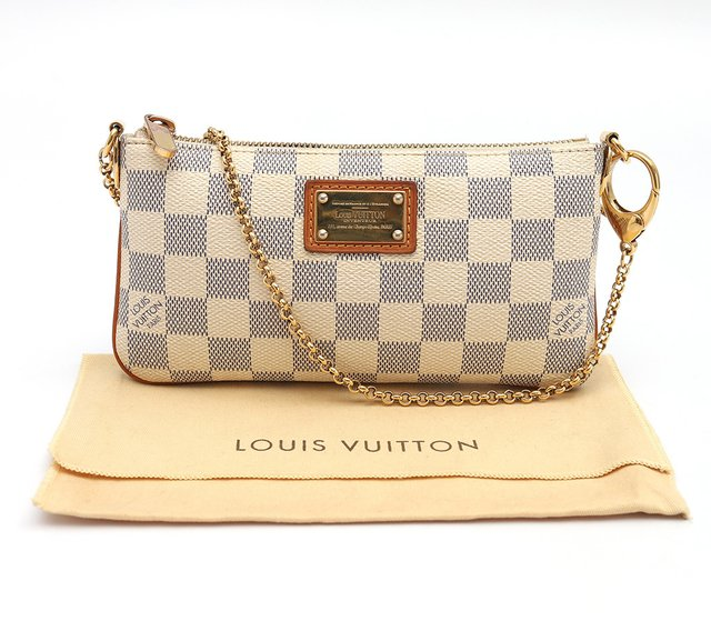 Bolsa Pochette Louis Vuitton Milla MM Azur