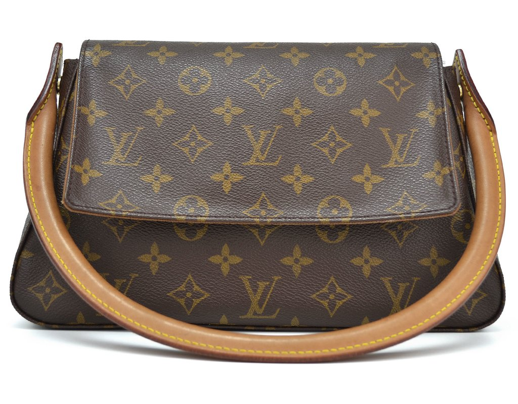 a826fb061d9 Bolsa Louis Vuitton Monogram Canvas Looping PM