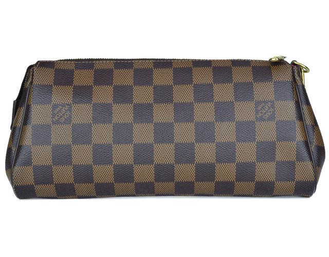 Clutch Louis Vuitton Eva Damier na internet