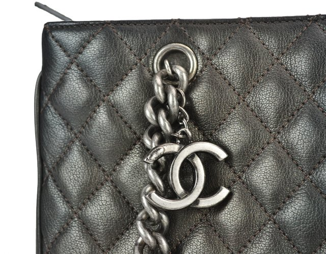 Chanel Shopping Tote Metalic Grafite - Paris Brechó - Artigos de Luxo Seminovos