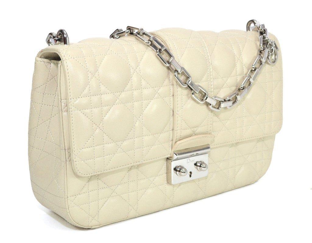 4769529dce1 Bolsa Miss Dior na cor Creme