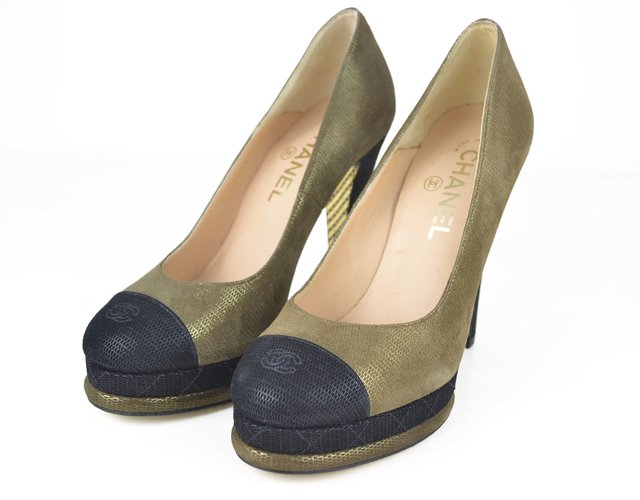 Sapato Chanel Cap Toe Pumps - EUR 37