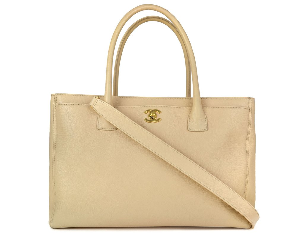 61f775a68 Bolsa Chanel Cerf Shopper Tote Nude