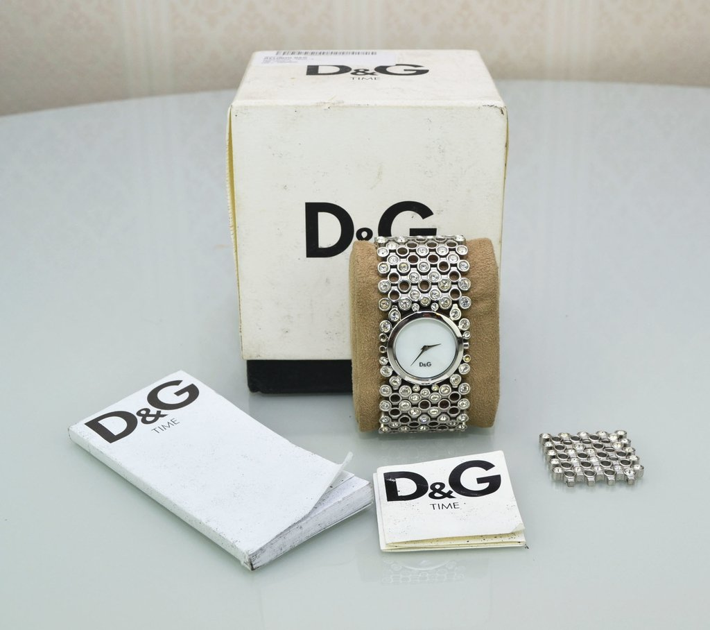 1144be7a7cc ... Paris Brechó - Artigos de Luxo Seminovos  Relógio Dolce   Gabbana - loja  online  Imagem do Relógio Dolce   Gabbana