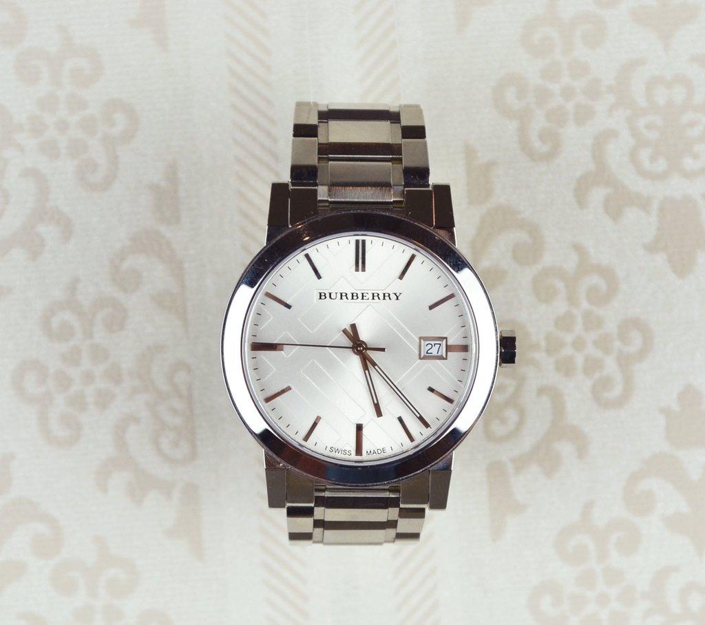 25b16562682 Relógio Burberry Prata 22858