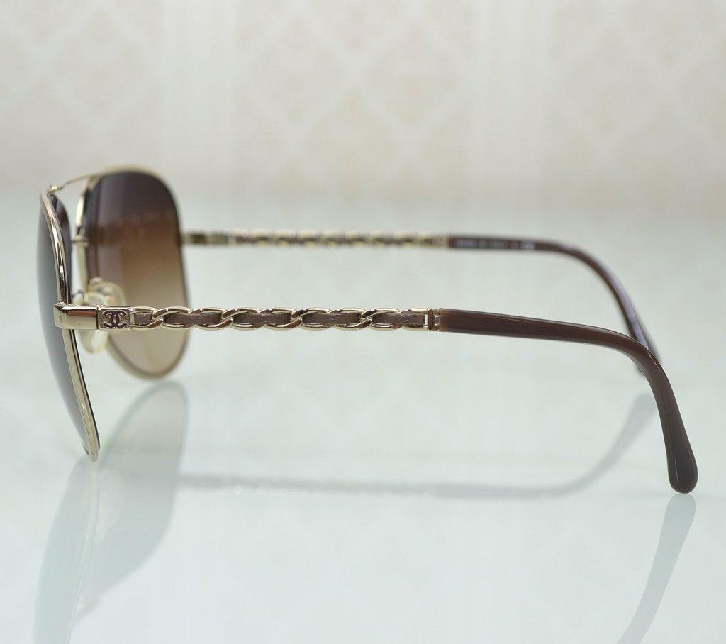 a0fae44ff ... Óculos de Sol Chanel Aviador 4194-Q na internet ...