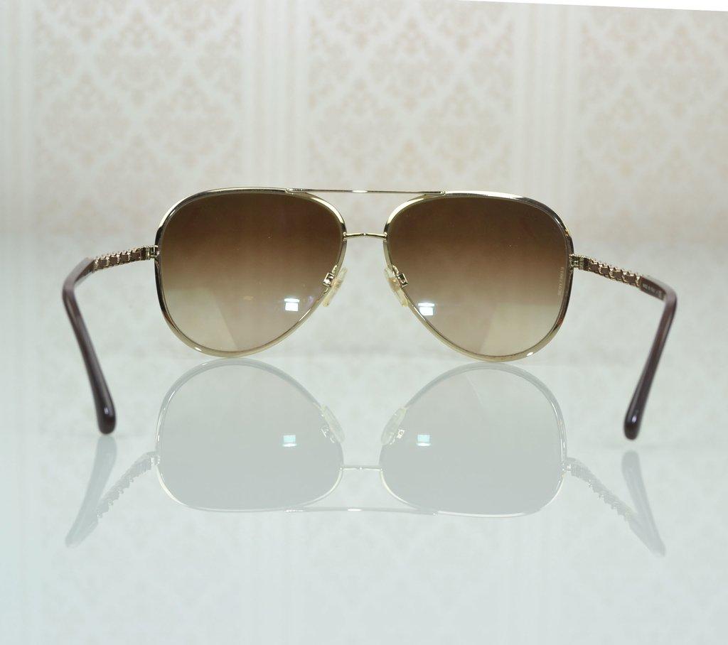 97284e502 ... Óculos de Sol Chanel Aviador 4194-Q - Paris Brechó - Artigos de Luxo  Seminovos ...