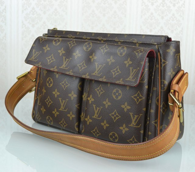 Bolsa Louis Vuitton Monogram Canvas Viva Cite GM na internet