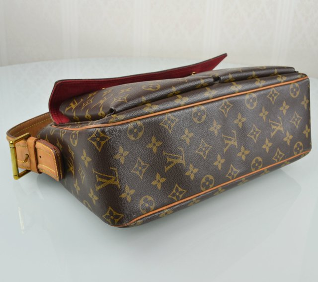 Bolsa Louis Vuitton Monogram Canvas Viva Cite GM - loja online