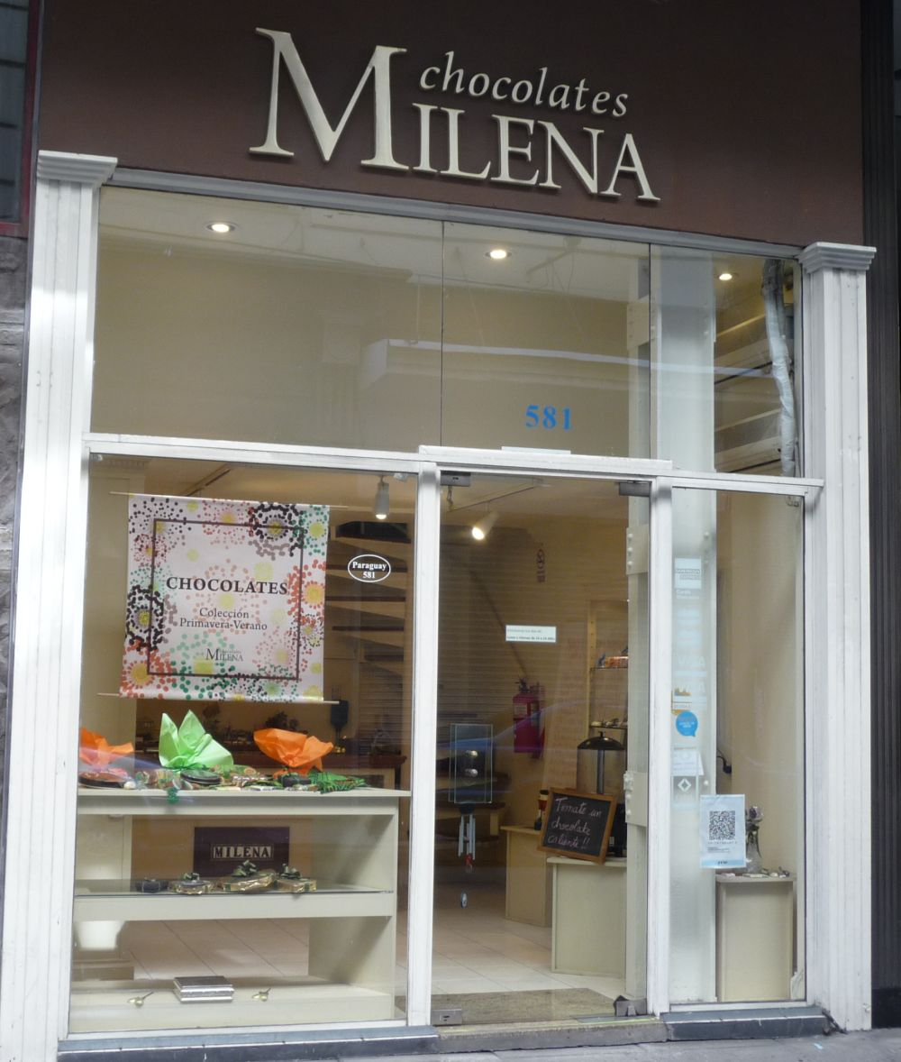 frente del local de Milena Chocolates