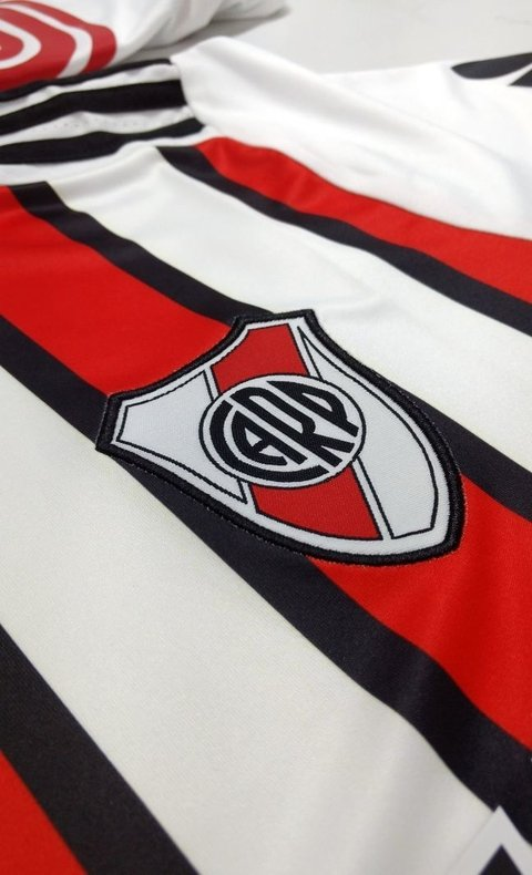 Camiseta River Plate Tercera PRE-ORDEN on internet