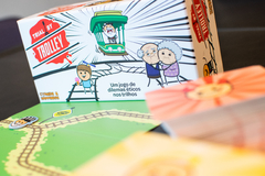 Trial By Trolley - Caixinha Boardgames