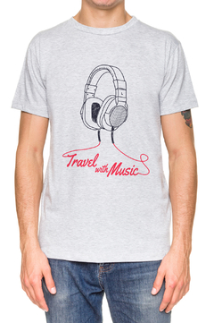 REMERA - TRAVEL WITH MUSIC - GRIS - comprar online
