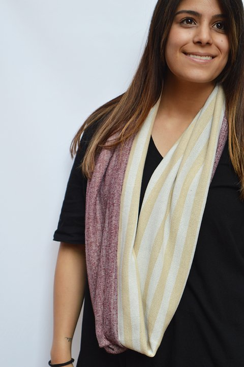 Infinity scarf Beige-La Casa Jaguar on internet